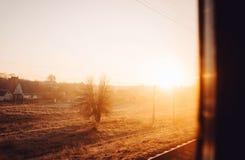 Ucrania Kiev un amanecer del viaje del tren Fotografía de archivo