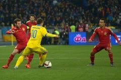 Ucrania y España Euro 2016 que califica Fotos de archivo