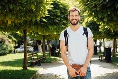 Uczeń z plecakiem outside fotografia royalty free
