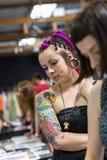 Uczestnicy przy 10 th tatuażu Międzynarodową konwencją w expo centrum Obrazy Royalty Free