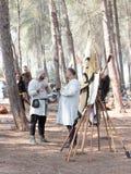 Uczestnicy w odbudowie rogi Hattin bitwa w 1187 rozmowie w obozie przed kampanią blisko TIberias, Izrael Obraz Royalty Free