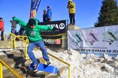 Uczestnik w jazda na snowboardzie Zdjęcia Royalty Free