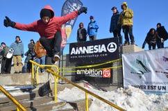 Uczestnik w jazda na snowboardzie Fotografia Stock