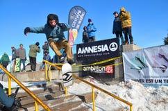Uczestnik w jazda na snowboardzie Obraz Stock