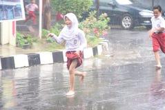 Ucznie wystawiający padać Obrazy Royalty Free