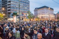 Ucznie wziąć ulicy protest przeciw Serbskiemu rzędowi Fotografia Stock