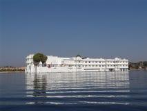 udaipur de palais de lac d'hôtel Photos libres de droits