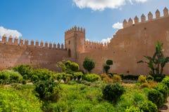 Udayas kasbah的拉巴特摩洛哥北非安达卢西亚的庭院 免版税库存照片