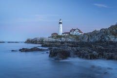 Udde Elizabeth Lighthouse Marks Shipping Channel till Portland, Maine Harbor Fotografering för Bildbyråer