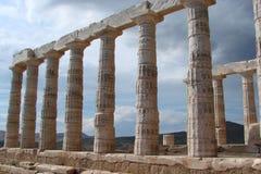 Udde Sounion på den sydliga kusten av fastlandet Grekland 06 20 2014 Marin- landskap från klippahöjden av udde Sounion, var Arkivfoton