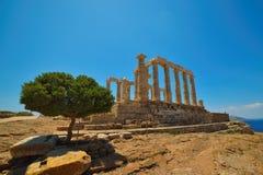 Udde Sounion Platsen av fördärvar av en gammalgrekiskatempel av Poseidon, guden av havet i klassisk mytologi Fotografering för Bildbyråer
