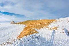 UddeBurkhan medicinman Rock på den Olkhon ön på Baikal sjön fotografering för bildbyråer