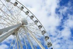 Uddehjul av utmärkthet härliga stora vita Ferris Wheel Arkivbilder