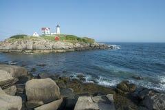 UddeNeddick fyr, York, Maine Royaltyfri Bild