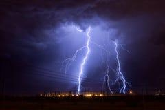 Uderzenia pioruna elektryczna podstacja Fotografia Royalty Free