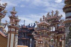 Uderzenie cmentarz, miasto duchy, grobowowie i szczegóły, Wietnam obrazy royalty free