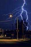 Uderzenie Pioruna w mieście Tucson, Arizona przy Nighttime obrazy stock