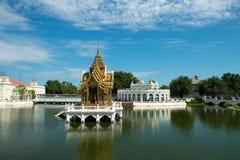 Uderzenie w Aisawan, lato pałac, Tajlandia podróż Obrazy Stock