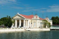 Uderzenie w Aisawan, lato pałac, Tajlandia podróż Obraz Royalty Free