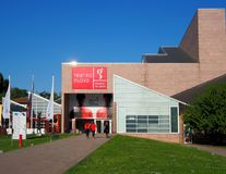 Udine, Itália 20 de abril de 2018: Teatro Nuovo Giovanni da Udine na abertura do festival de cinema de Extremo Oriente foto de stock royalty free