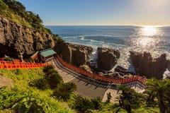 Udojingu, een Shinto-heiligdom op Nichinan-kustlijn, Kyushu wordt gevestigd die royalty-vrije stock fotografie
