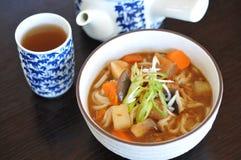 Udon japonês do caril com vegetarianos Imagens de Stock Royalty Free