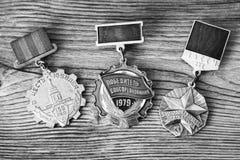 UDSSR-Abzeichen und Ordnungen Preis für Tapferkeit Das Gedächtnis des Sieges Lizenzfreies Stockfoto
