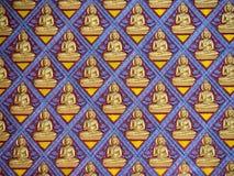 Udział postać Buddha na betonowej ścianie Obraz Royalty Free