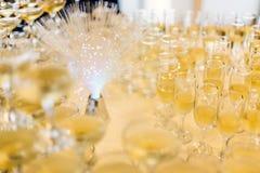 Udział szampańscy szkła fotografia stock