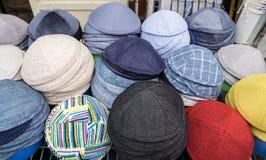 Udział tradycyjni żydowscy headwears Kippah dla sprzedaży fotografia royalty free