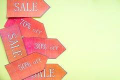 Udziału znak sprzedaż, detaliczny sklep, hurtowy pojęcie martwego sezonu rabata znak, sprzedaży pojęcie, online zakupy 50% z sprz fotografia stock