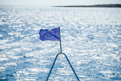 A UE embandeira no navio Fotografia de Stock Royalty Free