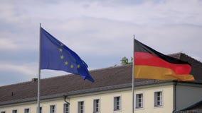 UE I Niemcy chor?gwiany trzepota? przy Schloss Bellevue W Berlin, Niemcy zbiory