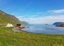 Ufer der Lofoten-Insel lizenzfreie stockfotos