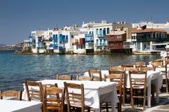 Ufergegend, die in Griechenland speist Stockbilder