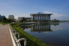 Ufergegend-gehender Pfad von Putrajaya Stockfoto