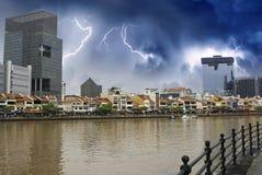 Ufergegend von Singapur und von seinen Gebäuden lizenzfreies stockbild