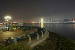 Ufergegendansicht in Abu Dhabi Stockbild