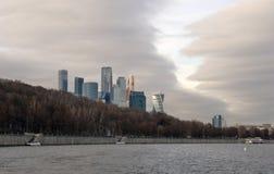 Uffici di affari della città di Mosca e complesso di appartamenti Fotografia Stock