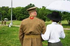 Ufficiale americano e la sua amica Immagine Stock