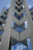 Ufficio ed il cielo fotografia stock libera da diritti
