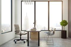 Ufficio luminoso con la vista di NY Immagine Stock
