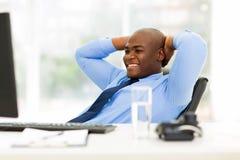 Ufficio rilassato dell'uomo d'affari Immagini Stock Libere da Diritti