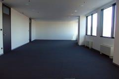 Ufficio vuoto durante la crisi immagine stock