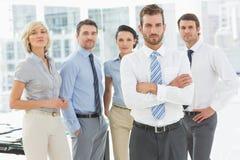 Ufna biznes drużyna wpólnie w biurze Obrazy Stock