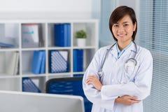 Ufna wietnamczyk lekarka Zdjęcie Royalty Free