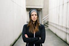 Ufny sprawnoÅ›ci fizycznej kobiety trenować outside zdjęcie royalty free