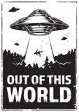 UFO απάγει τον άνθρωπο Στοκ φωτογραφία με δικαίωμα ελεύθερης χρήσης