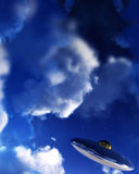UFO в небе 15 иллюстрация штока