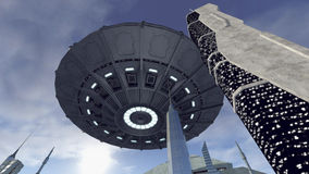 UFO au-dessus d'une ville futuriste Images stock